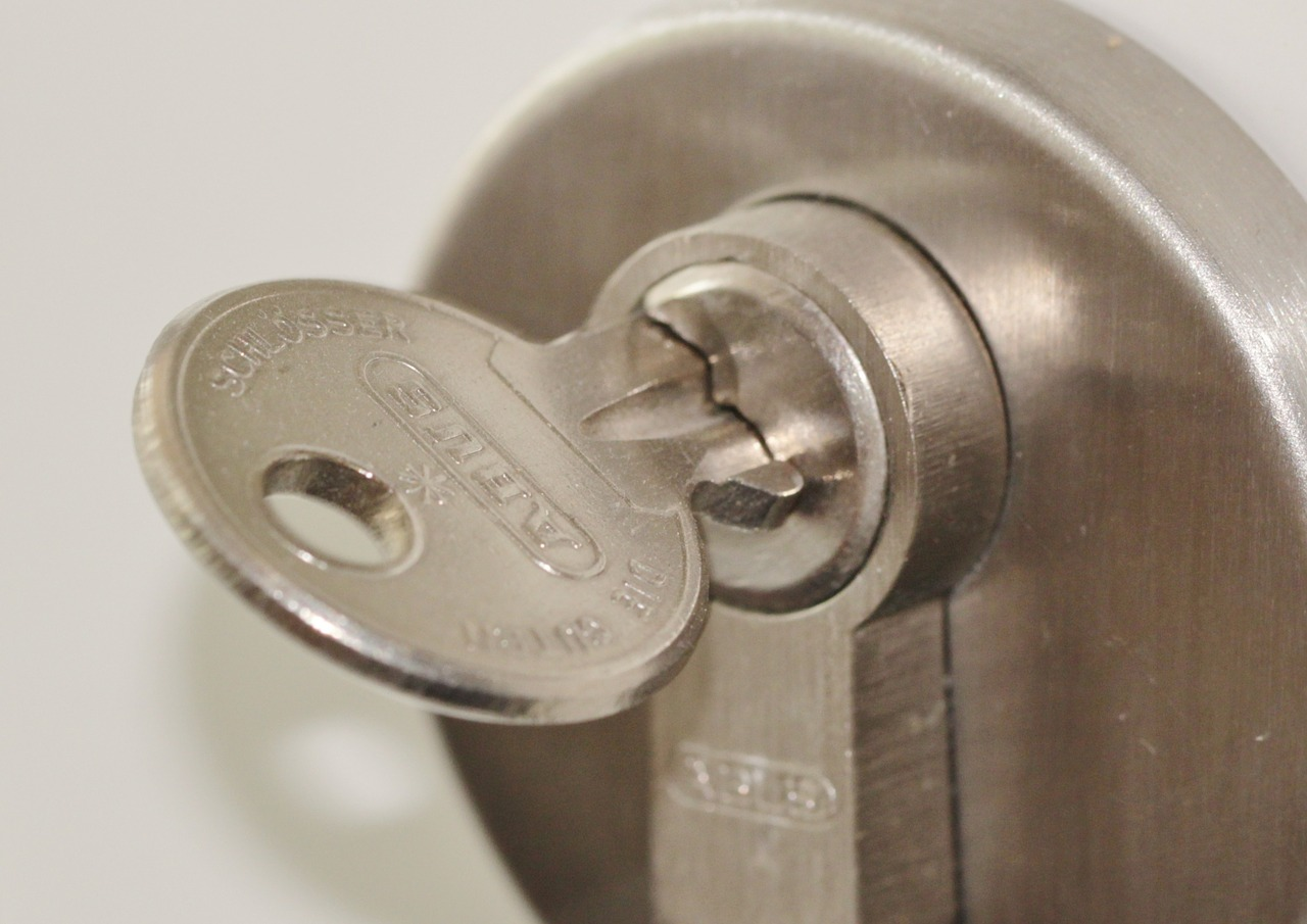 Should You Have Your Lock ReKeyed?